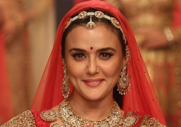 Wedding Bells For Preity Zinta In January 2016?