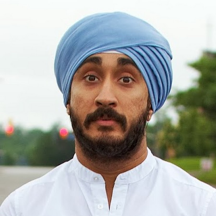 Sikh Comedian Alleges He Was Forced To Remove Turban At US Airport