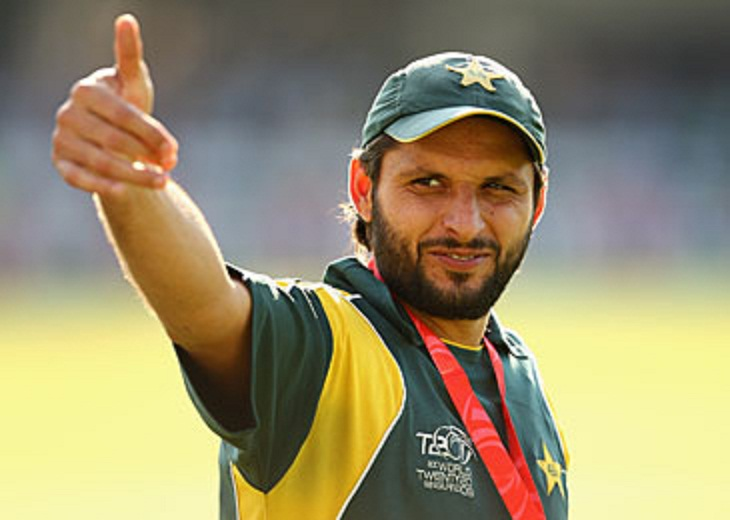 Afridi reconsidering retirement from international cricket